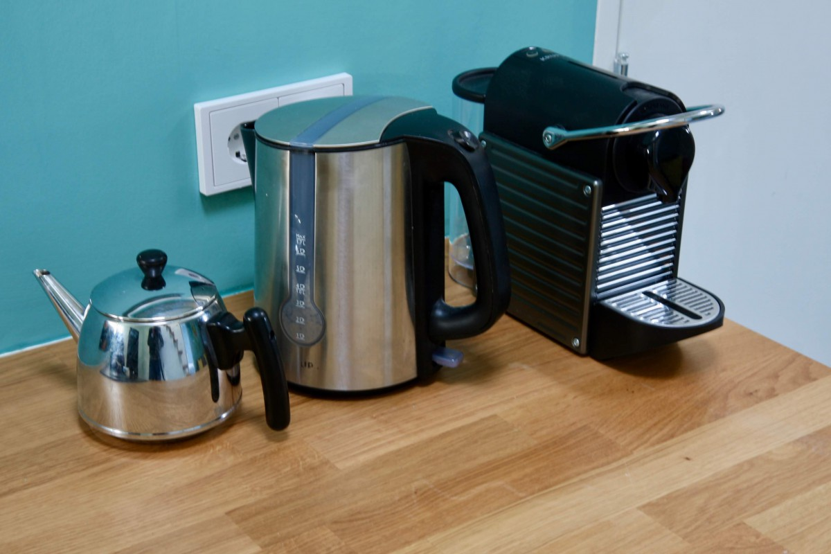 Coffee and tea kettle